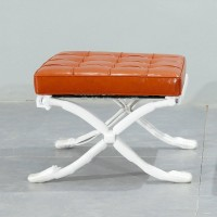 Barcelona Ottoman Cushions And Straps In Full Aniline Leather