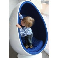Pod egg chair for kids